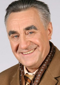 Анатолий Васильев