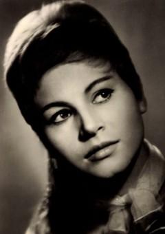 Мари Томашова