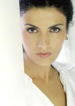 Соня Топацио