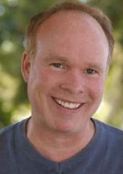 Том Логан