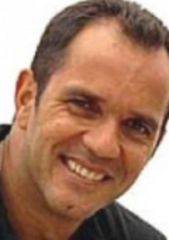 Умберто Мартинс