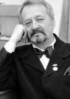 Аркадий Микульский