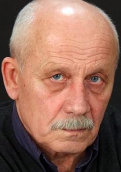Александр Сухинин