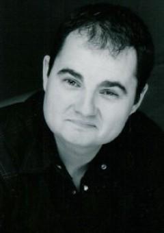 Дилан Робертс