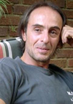 Тони Капрари