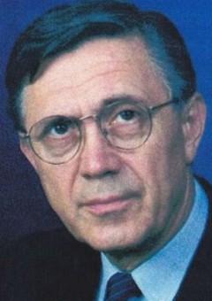 Петр Костка
