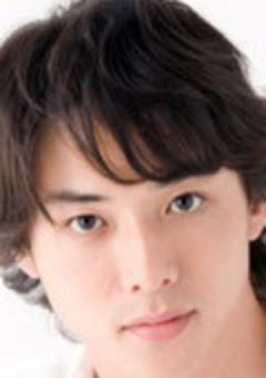 Мизухо Такасуги