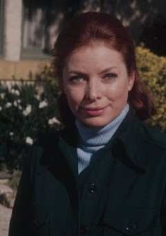 Анета Корсаут