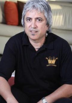 Борис Акоста