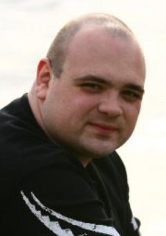 Николай Хмелёв