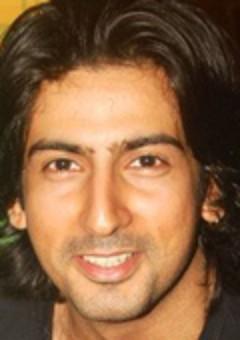 Аслам Кхан
