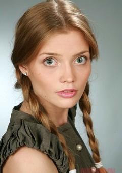 Алина Кизиярова