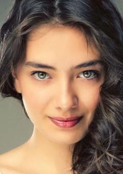 Неслихан Атагюль