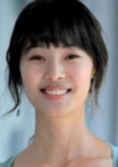 Юн Со И
