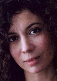 Беатрис Роман