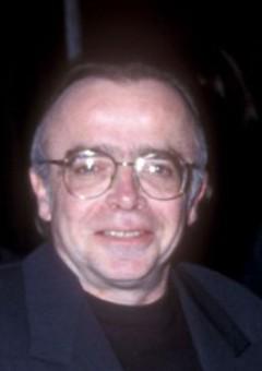 Том Брэйдвуд
