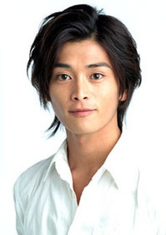 Ёсукэ Кавамура