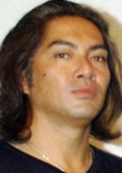 Тошия Нагасава