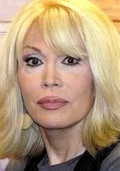 Аманда Лир