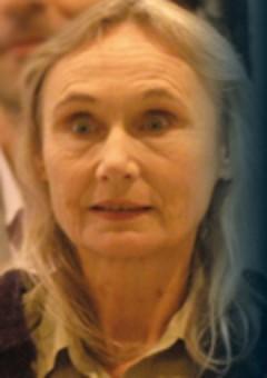 Анджела Плезенс