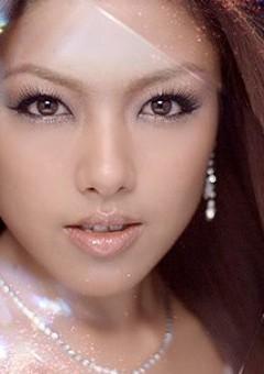 Юна Ито