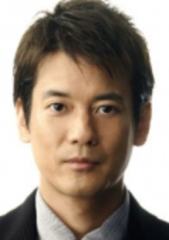 Тосиаки Карасава